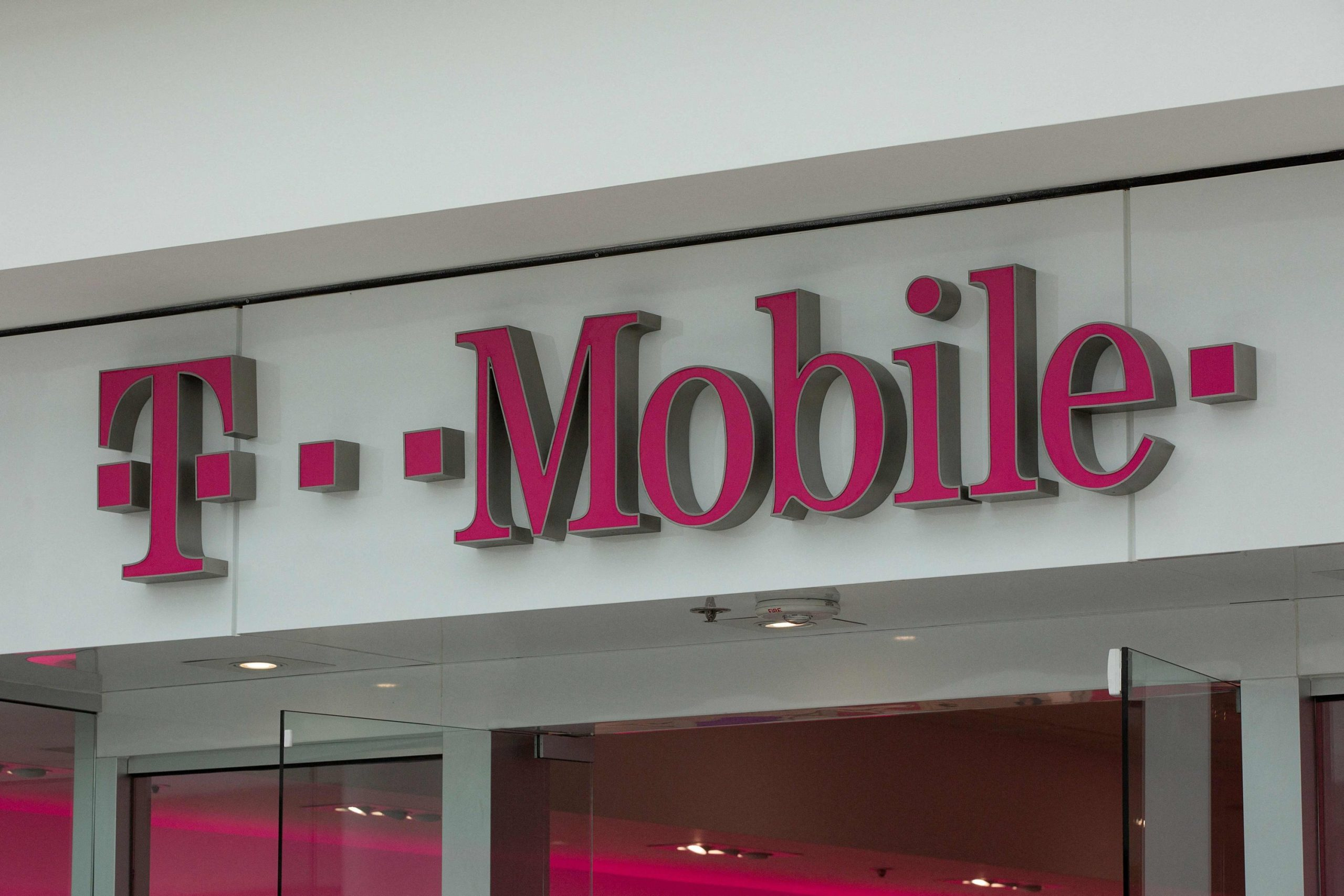 Hackers steal about 7.8M postpaid T-Mobile customers' data